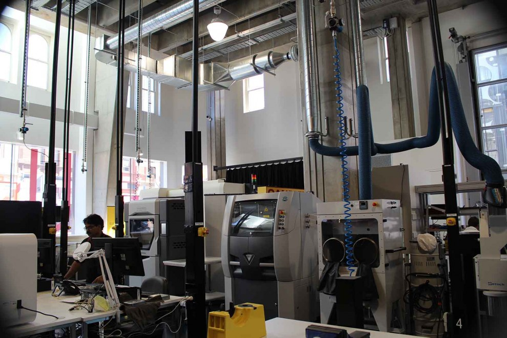 Advanced Manufacturing and Design Centre, University of Swinburne, Australia (foto: jurusanku.com)