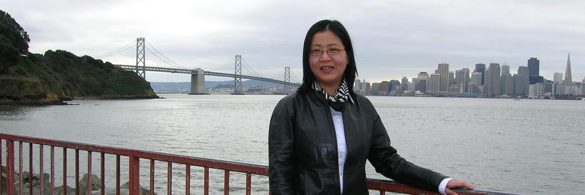 Jeniifer Xue (foto: https://www.jenniferxue.com/about/)